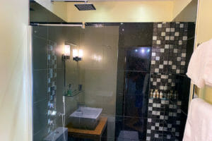 olive room en-suite